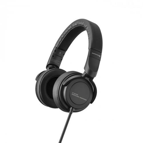 Beyerdynamic DT240 PRO - Mobile studio headphones for monitor and recording purposes