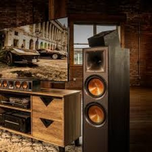 Klipsch R-620F Floorstanding Speakers - Pair
