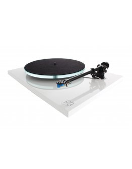 Rega Planar 3 Turntable (What HiFi? Awards 2019)