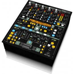 Behringer DDM4000 - Ultimate 5-Channel Digital Pro Mixer
